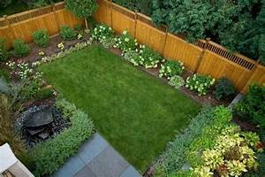 20 awesome small backyard ideas small backyard design With simple and easy backyard privacy ideas