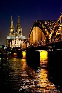 Bild Hochkant Format : k lner dom bei nacht bilderladen ~ Orissabook.com Haus und Dekorationen