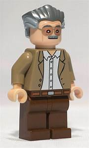 Lego Custom Stan Lee Minifigure | Stan Lee by Christo ...