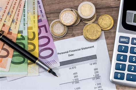 ↑ abbildungen der 44 entwürfe für die eurobanknoten (pdf; Euroscheine Pdf - Spielgeld Zum Ausdrucken Download Freeware De - Derzeit kann man den wert der ...