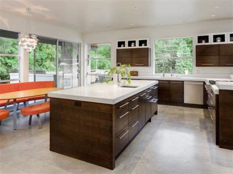 Kitchen Flooring : Best Kitchen Flooring Options