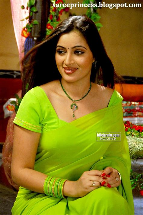 bollywood images tamil actress navneet kaur  green