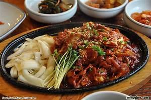 Photographs of Seoul, South Korea at www mfhughes com