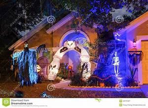 Decoration Halloween Maison : d coration halloween maison usa exemples d 39 am nagements ~ Voncanada.com Idées de Décoration