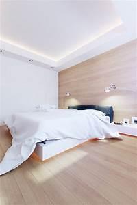 Corniche Plafond Platre : chambre avec lit clair dans un appartement contemporain 100m architecture iluminacion ~ Voncanada.com Idées de Décoration