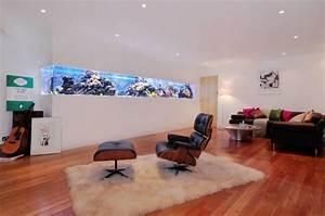 Coole Aquarium Deko : aquarium ideen wohnzimmer wand integriert home pinterest w nde aquarium und design ~ Markanthonyermac.com Haus und Dekorationen