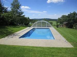 Schwimmbad Im Garten : ferienhaus valahof maststall orlik stausee herr oldrich vala ~ Whattoseeinmadrid.com Haus und Dekorationen