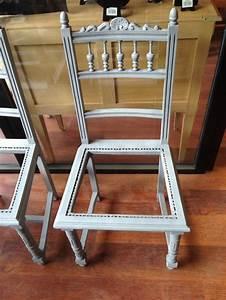 relooker chaise en paille perfect good relooker chaise en With nice comment tapisser un meuble 11 comment restaurer une chaise en bois