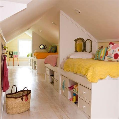 chambre dans les combles les 25 meilleures idées concernant lit en alcôve sur