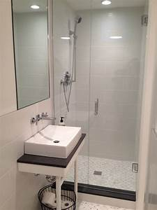Small basement bathroom w shower beach cottage bathroom for Basement bathroom shower