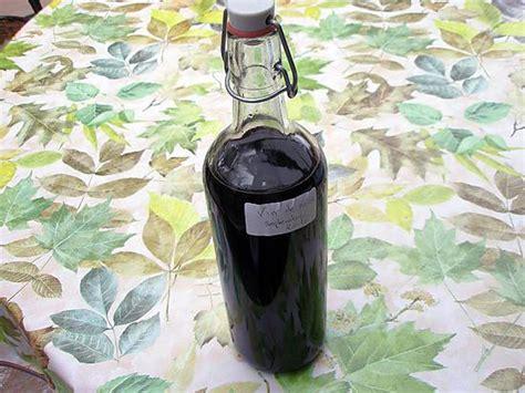 vin de noix maison recette d ap 233 ritif maison au vin de noix