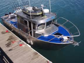 Images of Offshore Aluminum Boats