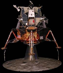 LUNAR MODULE LM5 MODEL KIT 32 SCALE