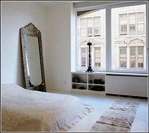 Spiegel schlafzimmer seele schlafzimmer house und for Schlafzimmer spiegel