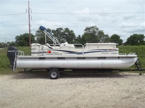 Tracker Boats Kansas by Sun Tracker Barge Boats For Sale In Kansas