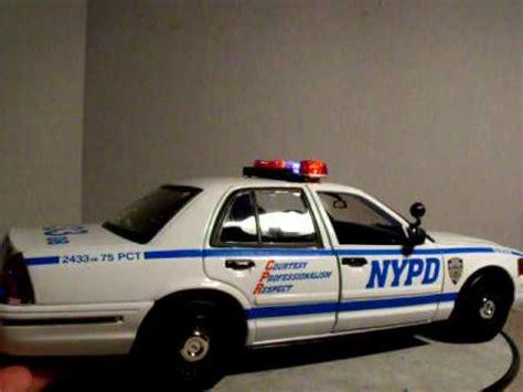 1 18 police car with 1 18 nypd fcv custom police car w lights siren youtube