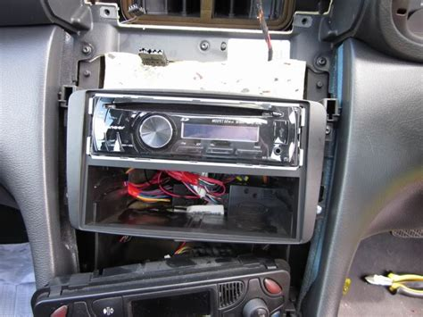 morons guide  aftermarket head unit installation