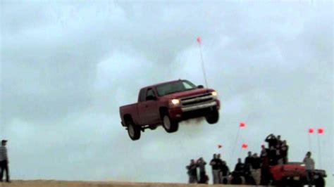 extreme jump  crash chevrolet silverlake  youtube