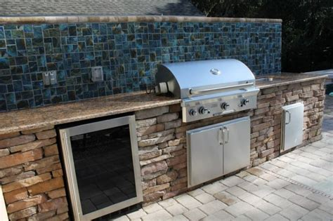 Outdoor Kitchen Backsplash by Outdoor Kitchen Backsplash Photos