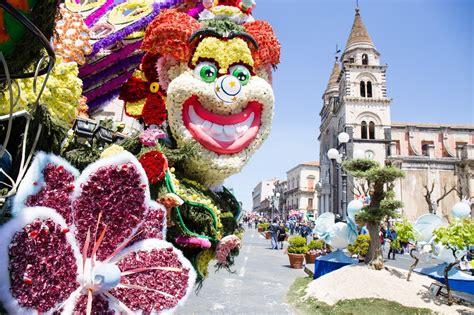 carnevale dei fiori segui i carri festa dei fiori