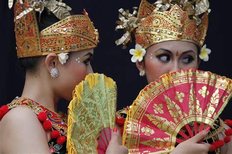 indonesian culture balinesse dancer ariefkates blog