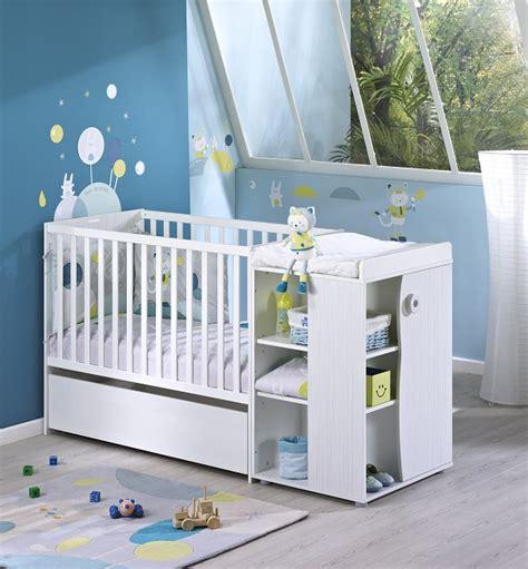 decoration chambre bebe mixte déco chambre bébé patachon un thème mixte par sauthon