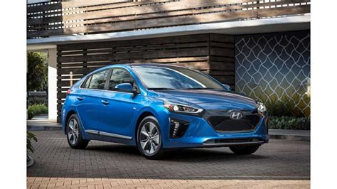 Top 10 Fuel Efficient Cars by Consumer Reports Now Lists Top 10 Most Fuel Efficient Cars
