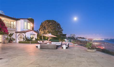 Home Pacific Palisades by Extraordinary Home Of The Week The Laughton Estate In