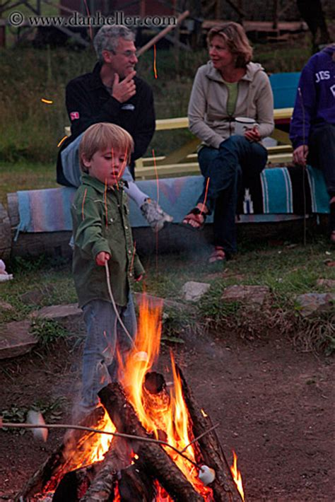 Kids Roasting Marshmellows (14