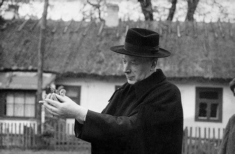 As father raymond de souza noted, without the space that cardinal wyszyński created, it would not have been possible for cardinal wojtyła to emerge and, as the first polish pope, to vanquish the soviet empire. Prymas Wyszyński. Pokorna wielkość | Stacja7.pl