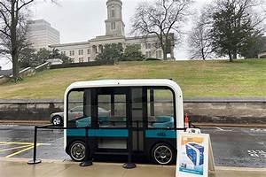 Transportation Researchers Consider Fully Autonomous Buses