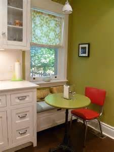 small kitchen seating ideas 25 best ideas about small sitting areas on small sitting rooms kitchen sitting