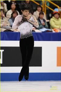 Japan's Yuzuru Hanyu Defends Olympic Title; Wins Mens ...
