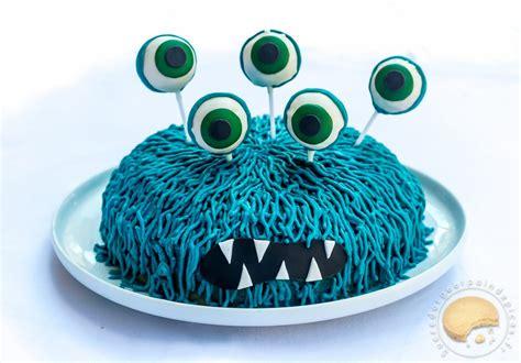 cuisine sans gluten sans lait gâteau d anniversaire monstrueusement bon noix de coco