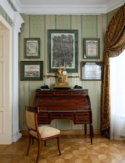 decorating with antiques how to use antiques for modern interior decorating in classic style