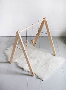 Arche En Bois Bebe : diy wooden baby gym the merrythought ~ Teatrodelosmanantiales.com Idées de Décoration