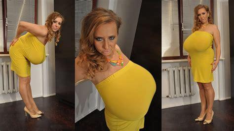 Abbi Secraa One The Most Naturally Women
