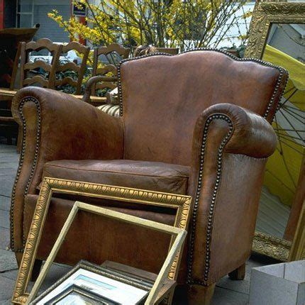 fauteuil crapaud cuir marron top 25 ideas about tapissier ameublement on left studios and brocante