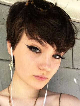 najmodniejsze krotkie fryzury  modne fryzury   dla kazdego