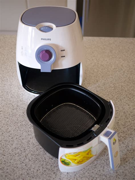 fryer air philips airfryer oil put table without
