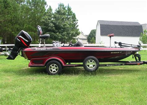 Ranger Bass Boats 2003 ranger 185vx bass boat the hull boating and