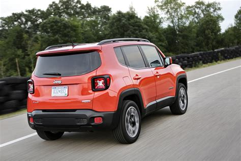 jeep renegade 2018 jeep renegade gains an updated interior and new