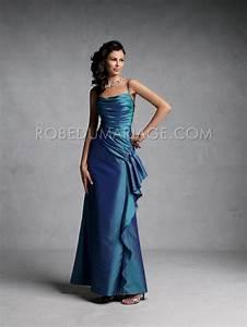 Robe de soiree pas cher sans bretelle robe soiree pour for Robe pour mariage cette combinaison parure mariage