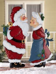 kissing santa or mrs claus christmas outdoor metal garden stake lawn yard decor ebay
