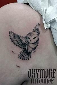 Tatouage Chouette Signification : 25 best ideas about chouette tatouage on pinterest owl ~ Melissatoandfro.com Idées de Décoration