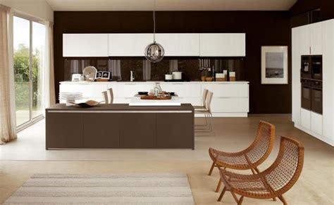 cuisine beige et marron peinture murale cuisine 50 exemples design bi et tricolores