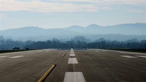 Asheville airport opens temporary runway
