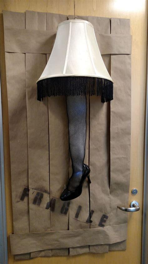 fragile   italian  christmas story leg lamp