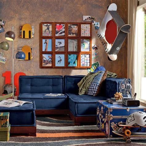skateboarding themed boys room blue lounge   Interior