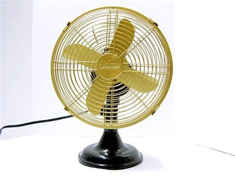holmes oscillating table fan refurbished holmes oscillating electric fan by fishbonedeco